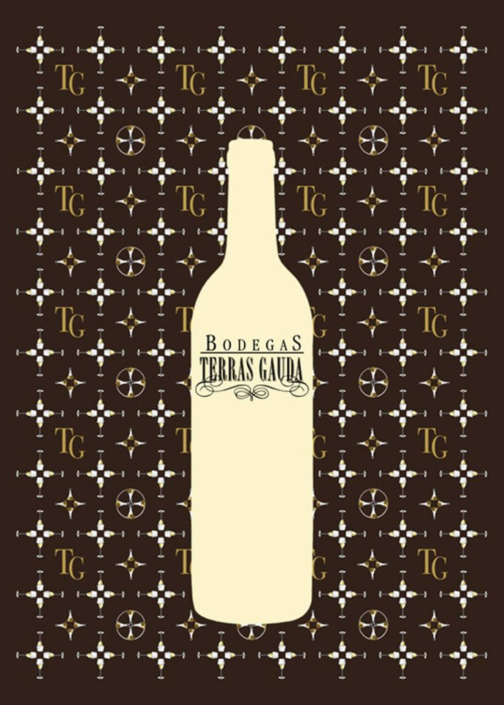 Cartel para las Bodegas Terras Gauda, de galicia. Imita un estampado de Louis Vuitton con copas, decantadores de vino y las iniciales de la marca